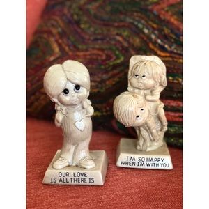 Set of TWO 1971 vtg resin statues